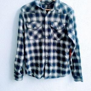 Forever 21 Men flamel shirt Size M